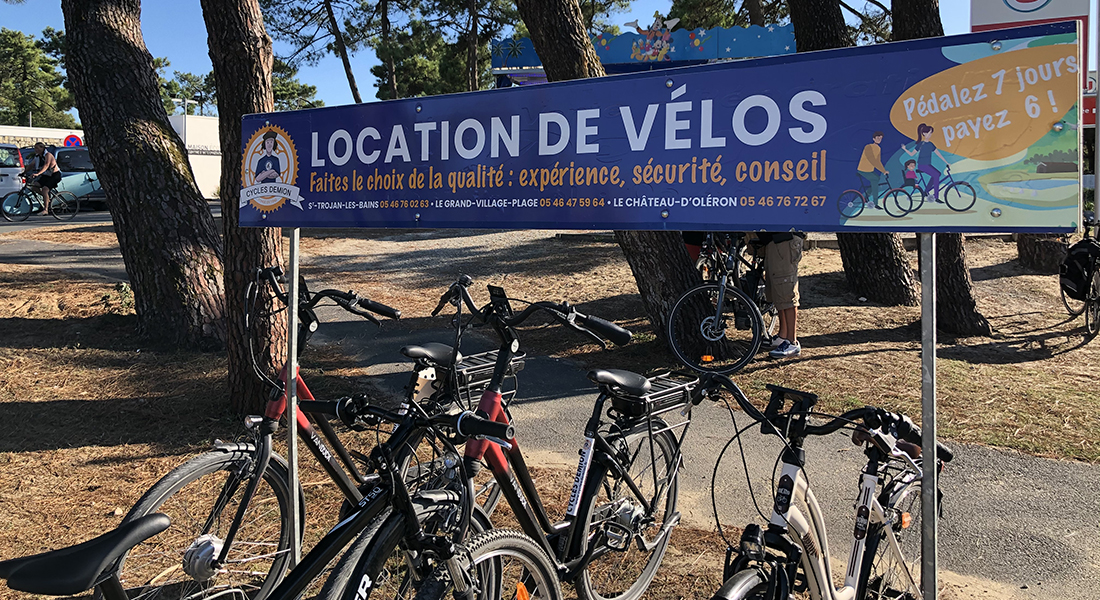 enseigne-parking-velo